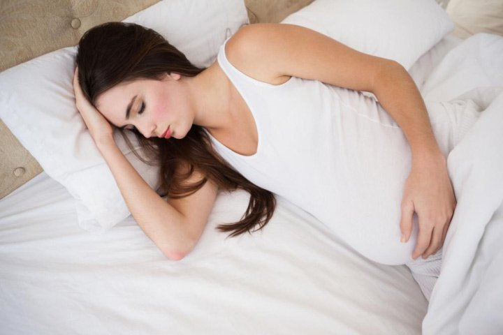 Pregnancy sleep tips