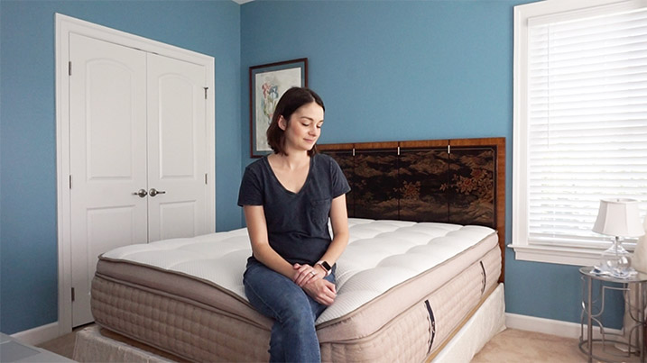 DreamCloud mattress Review with Jen demonstrating Edge Support