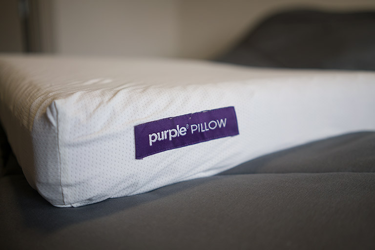 Purple Pillow Review | Pros and Cons (2020)